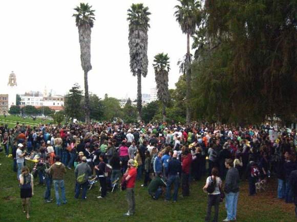 crowd21