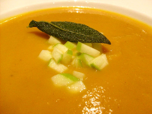 butternut-squash-soup-with-granny-smith-apples-and-fried-sage