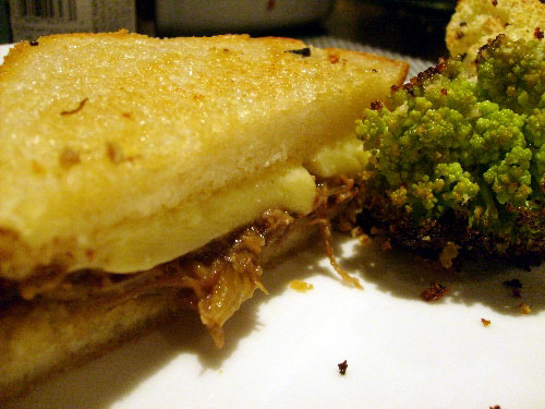 grilled-cheese-and-broccoflower