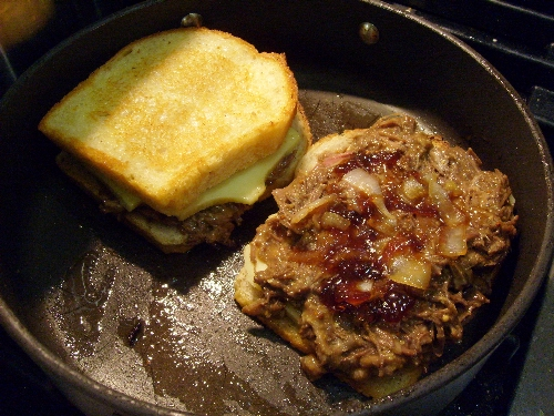 short-ribs-onion-jam-and-grilled-cheese-in-the-pan