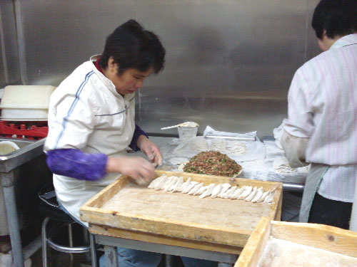 dumpling-making-factory