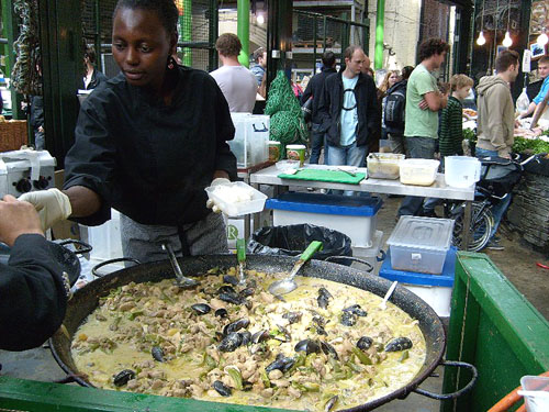 biggest vat of green curry ever