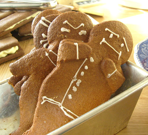 unhappy gingerbreadman