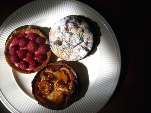 three tarts