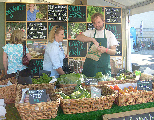 a farm stand at the organic food festival
