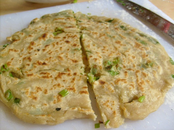 cooked scallion pancake
